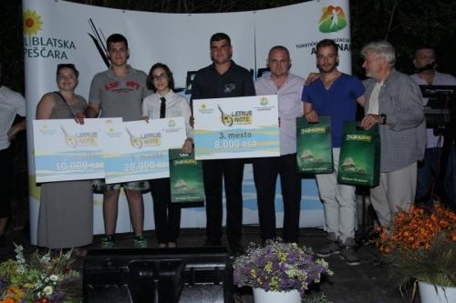 Predstavnici nagrađenih orkestra i članovi žirija na čelu sa PPREDRAGOM BELIĆEM, predsednikom opštine Alibunar